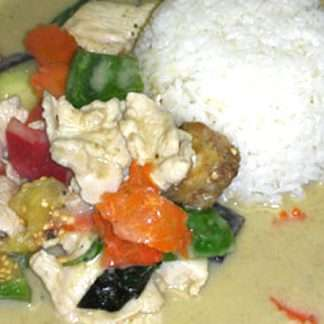 L15 Green Curry over Rice